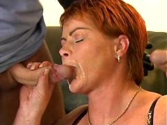 Mature smears cum on face