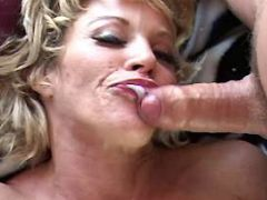 Milf fucks n catches cum