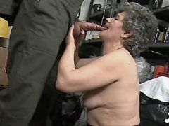 Granny does blowjob in storehouse