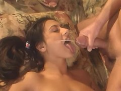 Persian hottie gets powerful facial