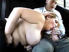 Titty mom sexing in car