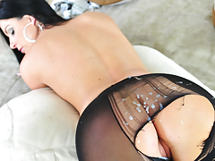 Moist India Summer gets a messy cumshot on her pretty leggings